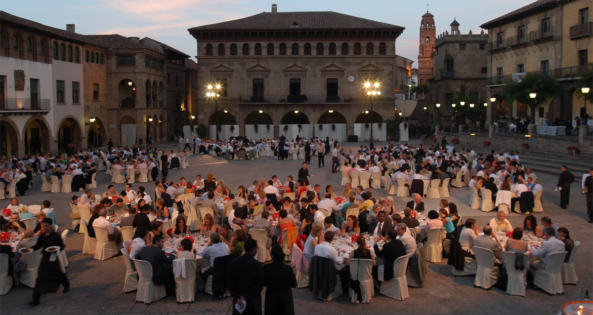 An awards ceremony for organized corporate events in Spain