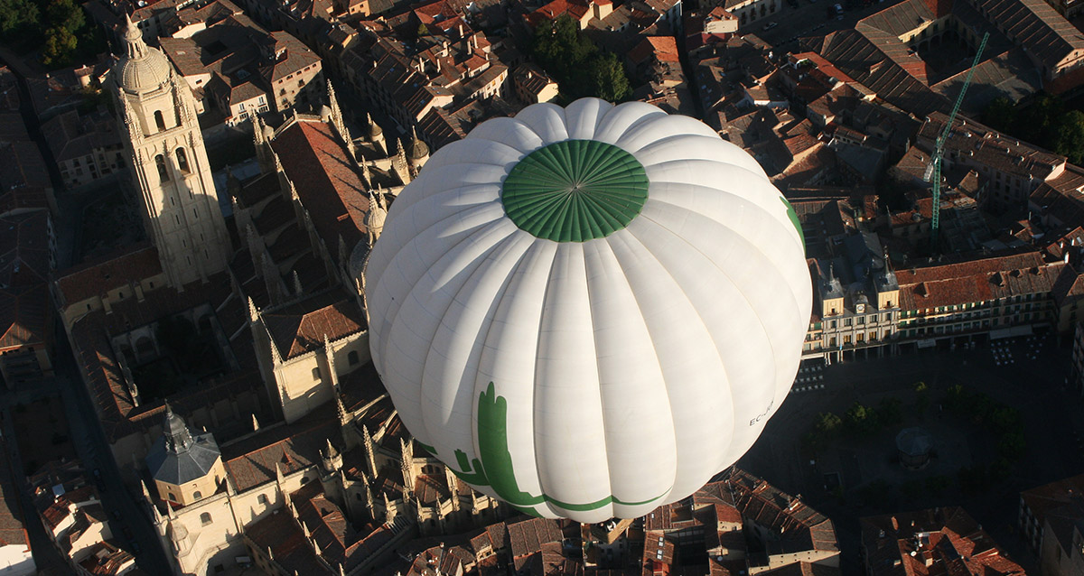 A balloon flight for incentive trips in Spain