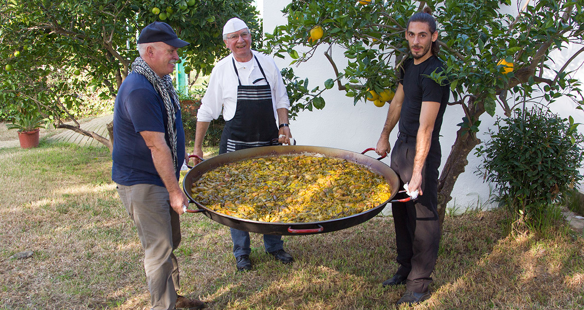 Spanish paella in your incentive trips in Spain